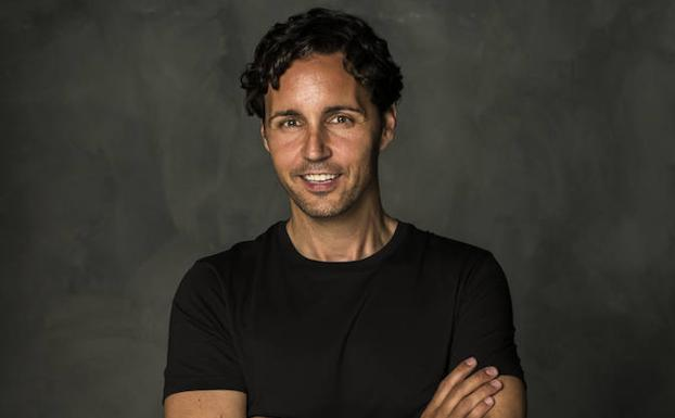 """Entrevista a Anxo Pérez, CEO de 8Belts.com y autor de """"Los 88 Peldaños de la Gente Feliz"""""""